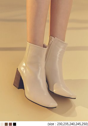 [SHOES] WOOD SQUARE ANKLE BOOTS