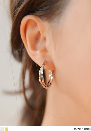 [JEWELRY] VICTOR TWIST RING EARRING