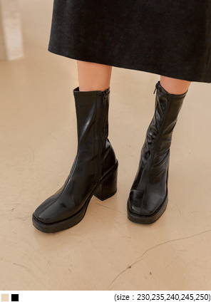 [SHOES] MARVIN SQUARE CHUNKY HEEL BOOTS