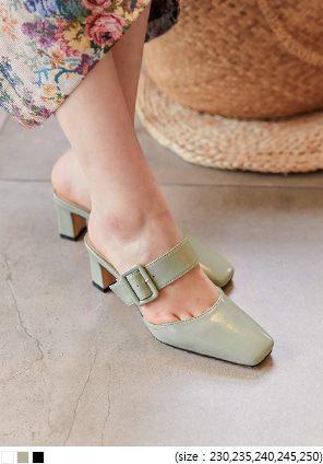 [SHOES] DEVA BUCKLE STRAPPED SQUARE HEEL