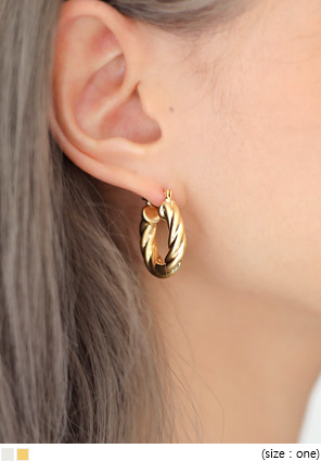 [JEWELRY] TWIST HOOP EARRING